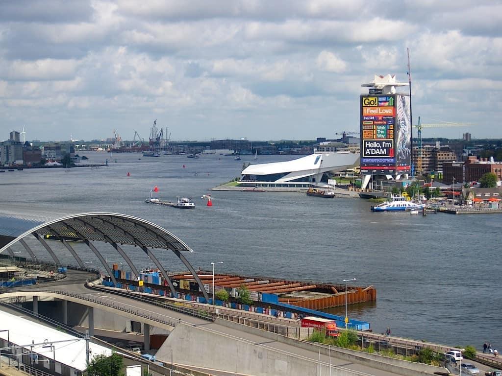 Amsterdam Skylounge uitzicht 't IJ