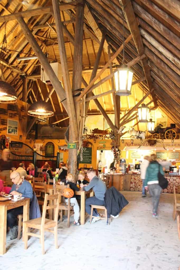 Gasterij Kruisberg binnen