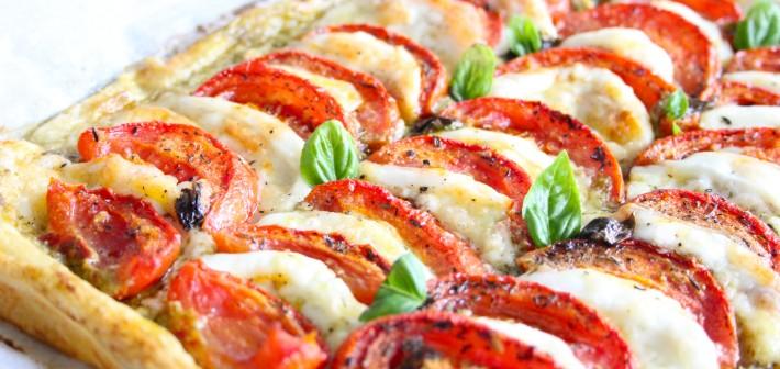 Caprese Plaattaart met geroosterde tomaten