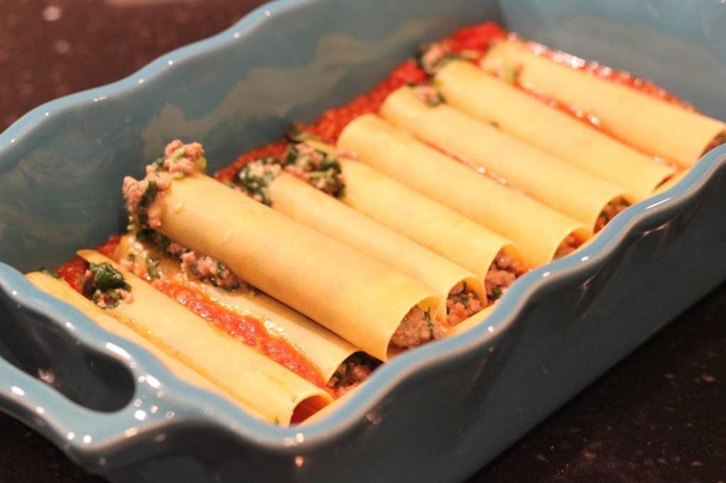 Cannelloni al forno con spinaci e ragù | ENJOY! The Good Life