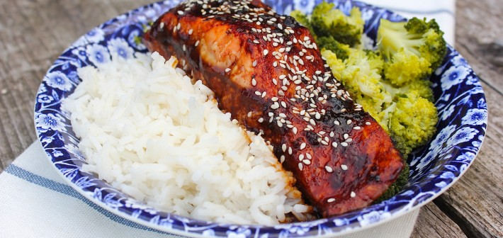 TERIYAKI ZALM met broccoli