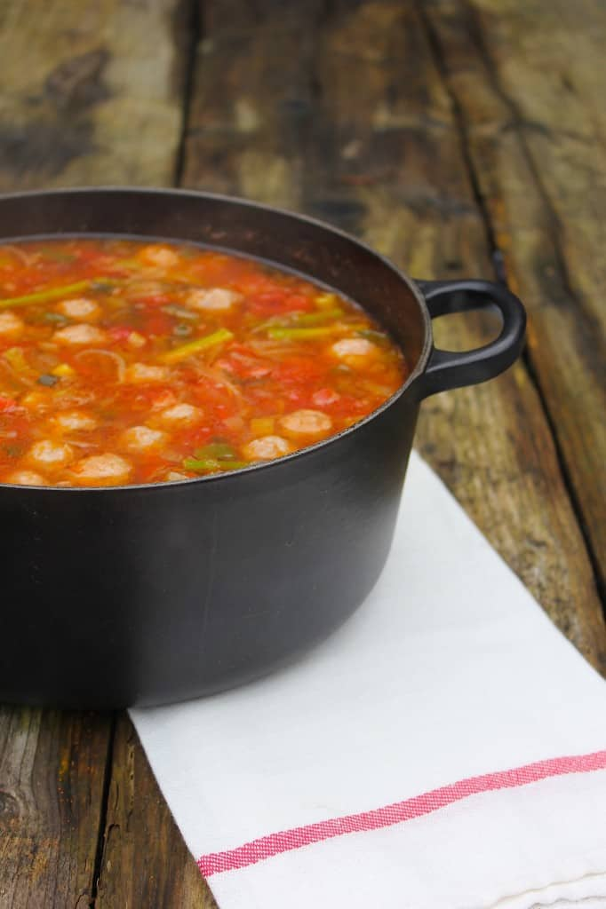 Minestrone met Salsiccia balletjes | ENJOY! The Good Life