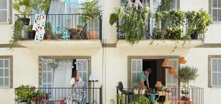 Zomerse balkon- en dakterras trends