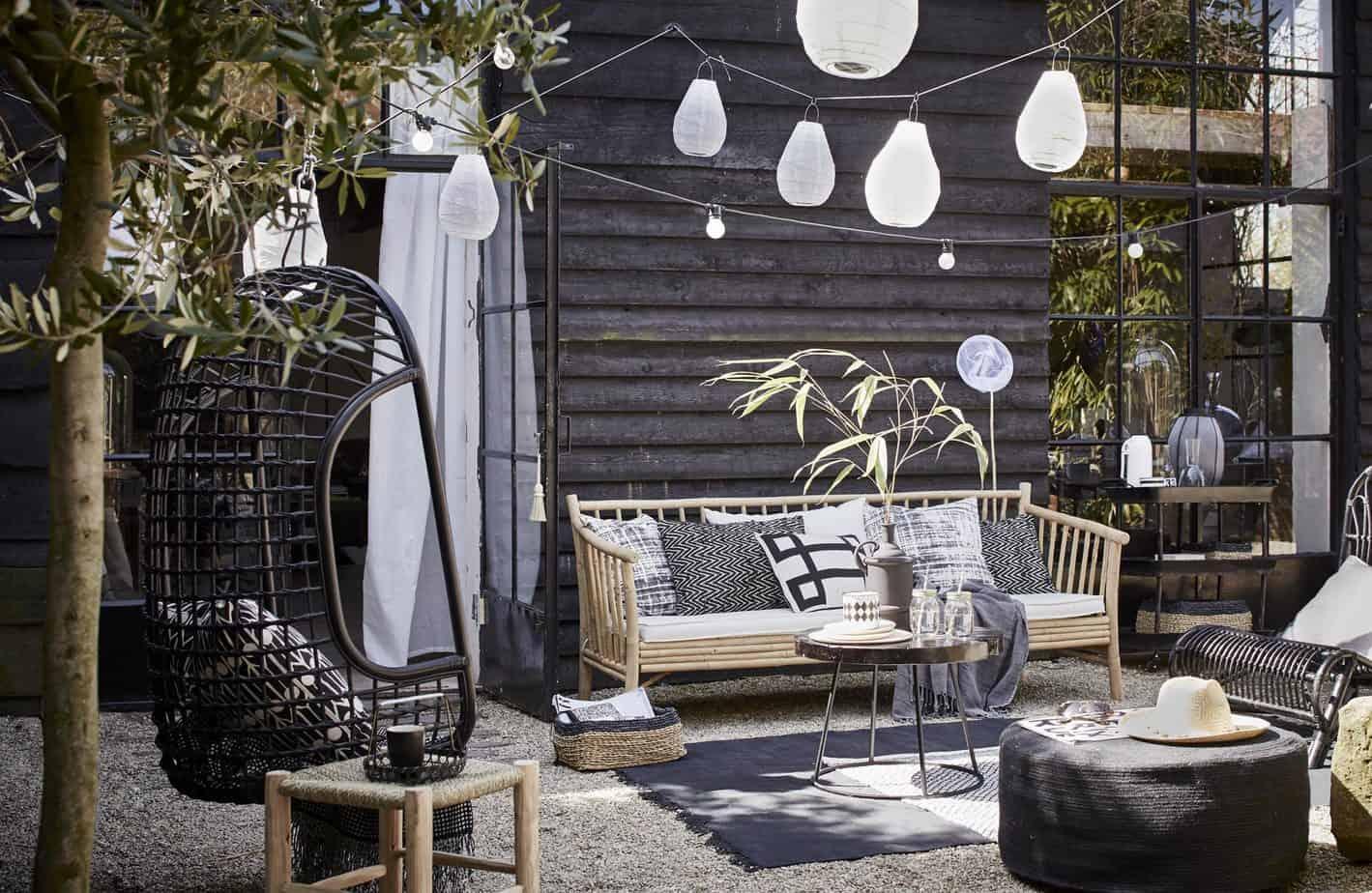 Bakstenen Muur Tuin : Zwart in de tuin? enjoy! the good life