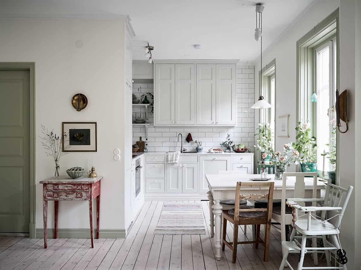 Gezellige Zweedse Woonkamer : Zweedse woonkamer. excellent na het werk nu een royale woonkamer met