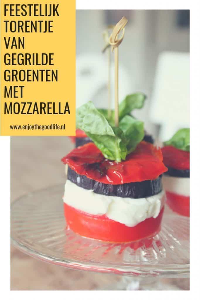 Feestelijk torentje van gegrilde groenten en mozzarella | ENJOY! The Good Life