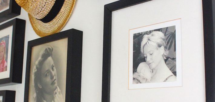 Dierbare herinneringen als collage aan de muur