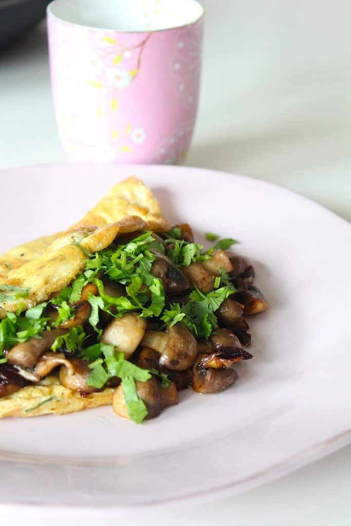 Omelet gevuld met champignons #koolhydraatarm | ENJOY! The Good Life