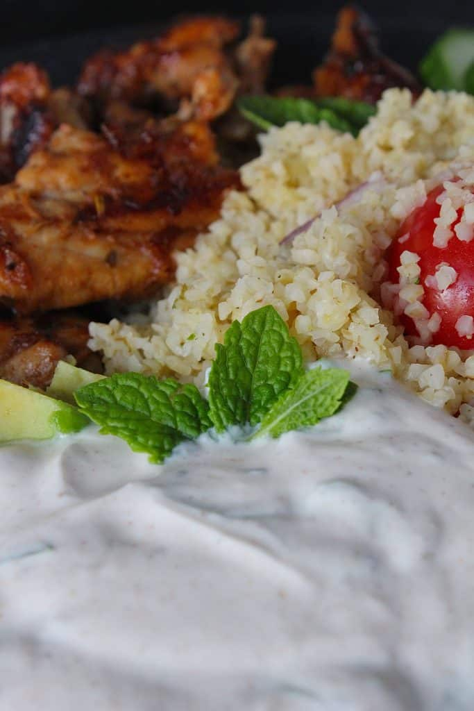 Bulgur met gemarineerde kippendijen | ENJOY! The Good Life