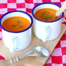 Paprika, zoete aardappel soep