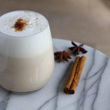 Chai tea latte. Vergeet Starbucks, de lekkerste maak je zelf!