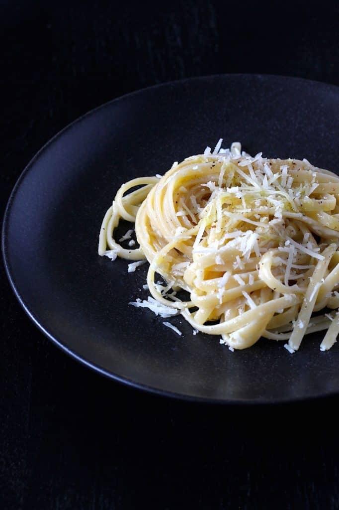 Pasta Cacio e Pepe, simpeler kan niet! | ENJOY! The Good Life | ENJOY! The Good Life