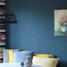 Donkerblauw: een luxe kleur voor in je interieur