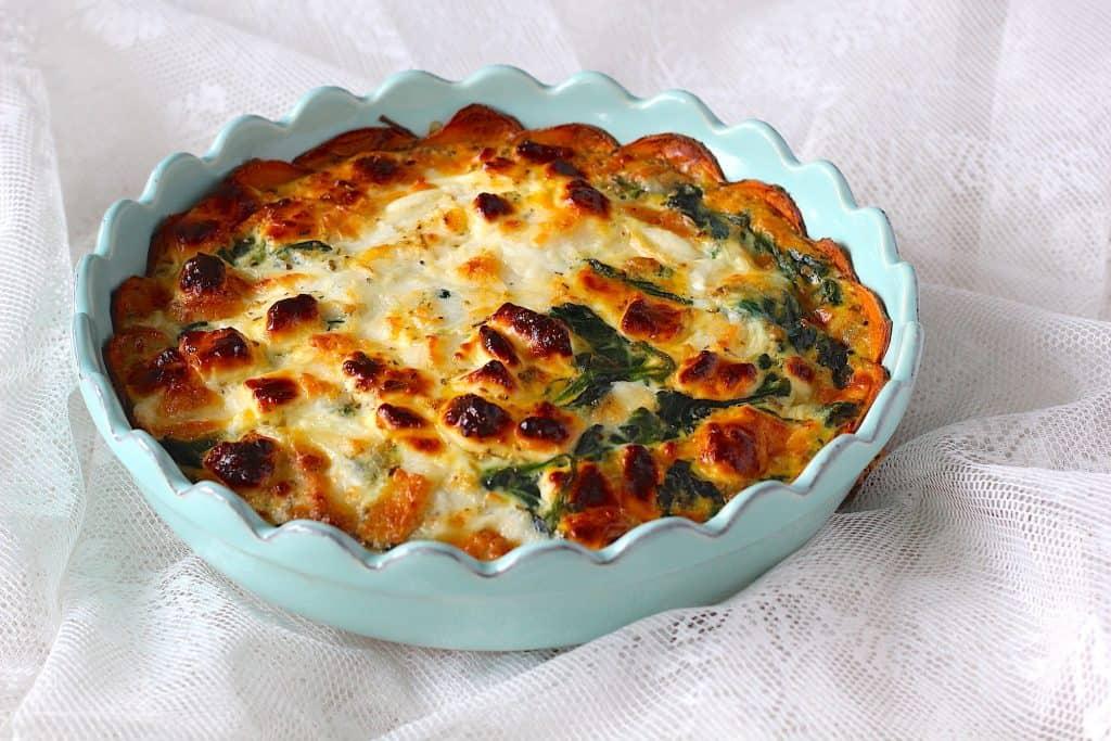 Zoete aardappel taart met spinazie en geitenkaas | ENJOY! The Good Life