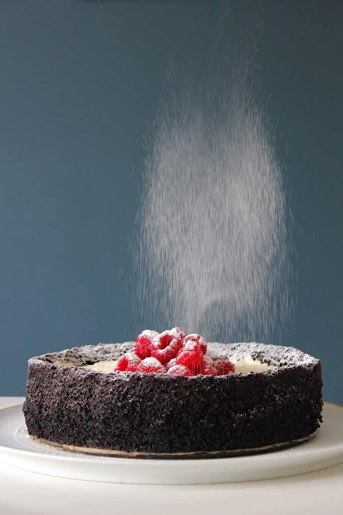 Chocoladetaart met olijfolie. Van misbaksel naar toptaart! | ENJOY! The Good Life