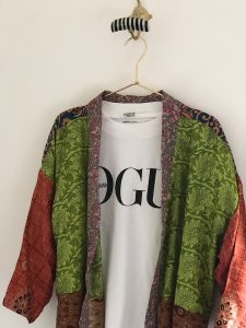 Het iconische T-shirt van Vogue   ENJOY! the Good Life